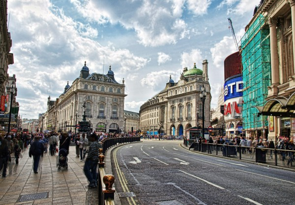 Пикадилли (Piccadilly)